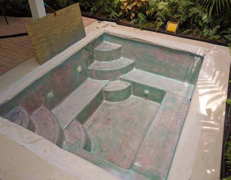 Fiberglass pool with epoxy