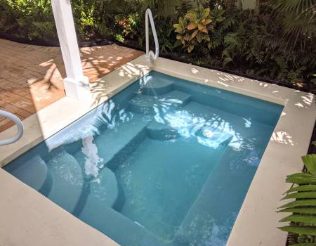ecoFINISH refinished fiberglass pool with water
